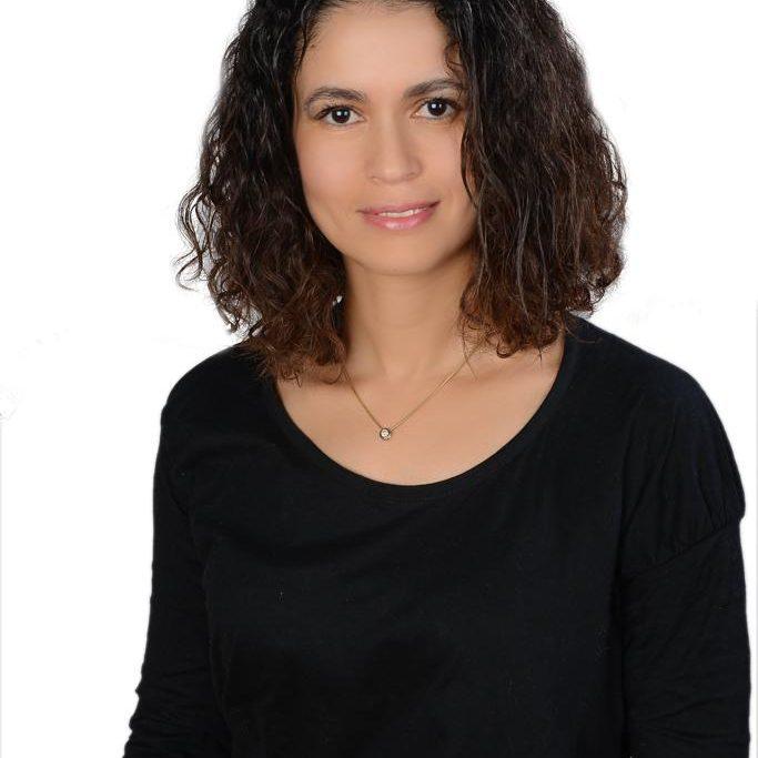 dr-nadia-photo